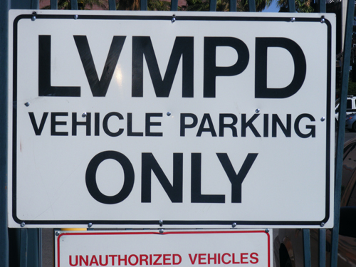Las Vegas Jail Inmates - LVMPD Vehicle Parking Only Sign